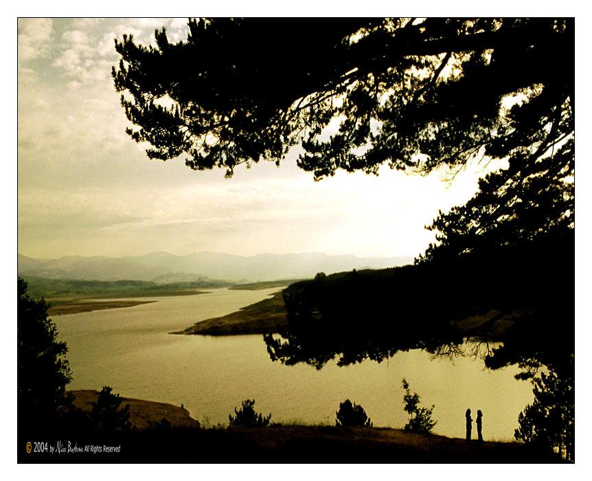 Lago Ampollino. Foto dalla rete.