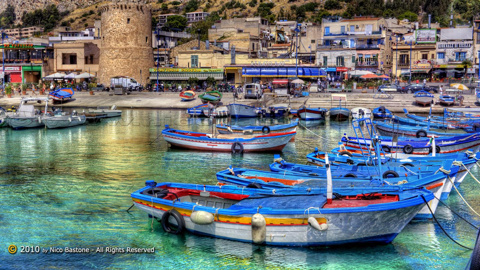 Mondello palermo paesaggio con barche 5 seascape with for Foto spettacolari per desktop